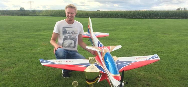 Motorkunstflug F3A 2017 – Tristan ist Deutscher Meister des DMFV